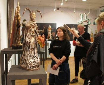Кураторская экскурсия по выставке «Художественная кукла»