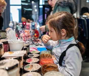 На арт-ярмарке Happy Market проведут уроки по стилю и мейкапу