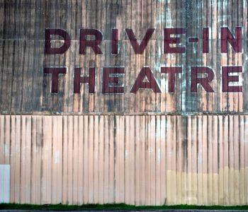 Тогда и теперь: откуда и куда движется современный театр