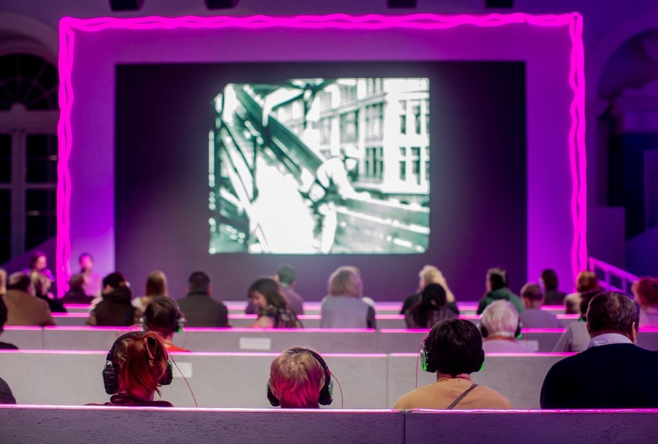 Первый городской открытый форум «Мой район» в Гостином дворе